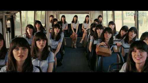 500-days-bus-full-of-zooey-deschanel.jpg