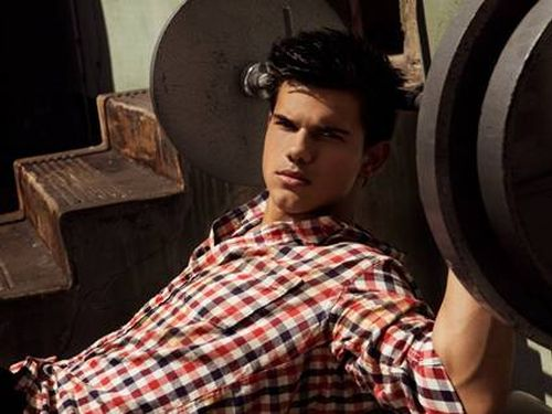 Taylor-Lautner-Workout.jpg