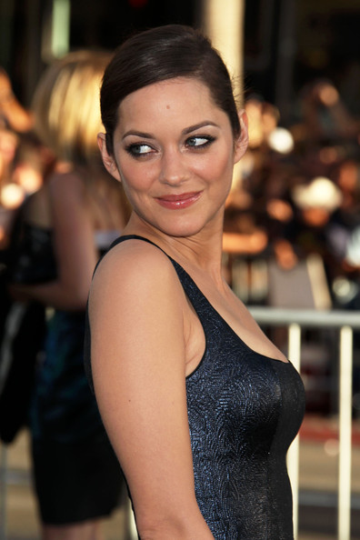 Inception+Los+Angeles+Premiere+Arrivals+2+2UTfRODtz-ll.jpg