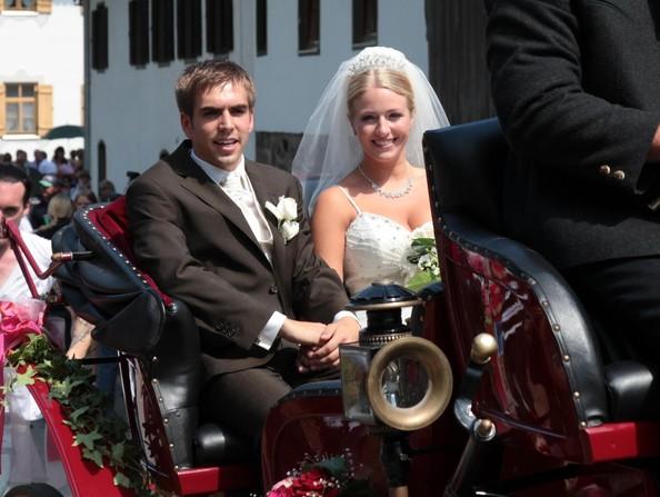 Philipp+Lahm+Claudia+Schattenberg+Wedding+EBvKZFZ1h-Ol.jpg