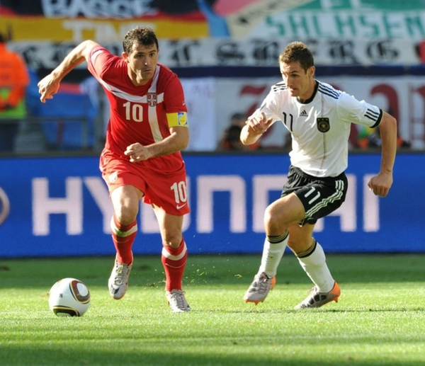 2bf7ccbb2088a7caeaa30484c665e239-getty-fbl-wc2010-match21-ger-srb.jpg