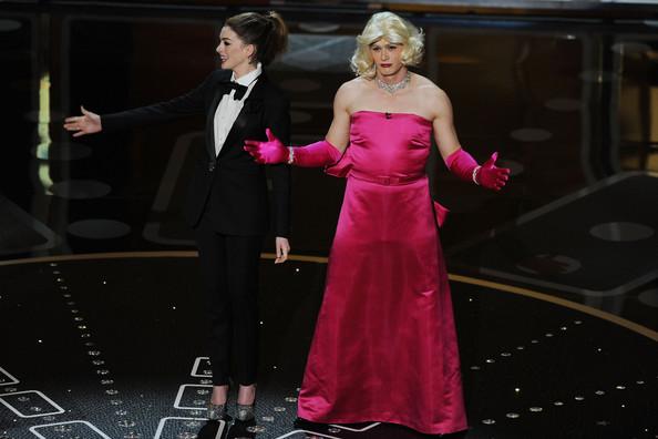 Anne+Hathaway+83rd+Annual+Academy+Awards+Show+mwf7cwZlbsPl.jpg