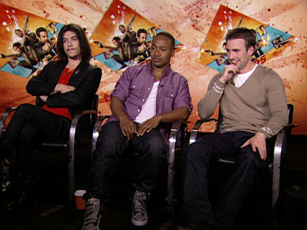 117509_chris-evans-columbus-short-and-oscar-jaenada-talk-the-losers.jpg