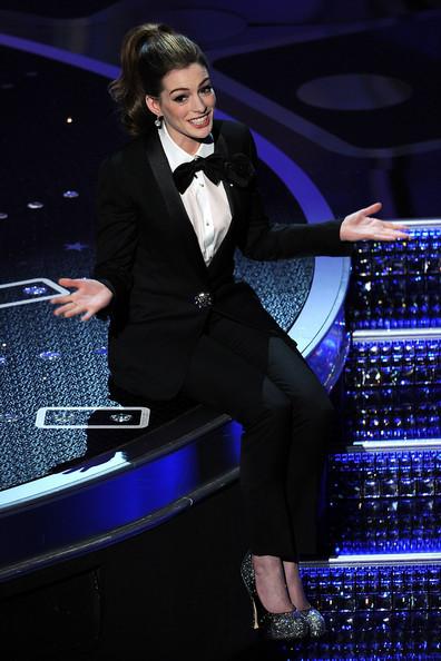 Anne+Hathaway+83rd+Annual+Academy+Awards+Show+QXEdQ9G7OjSl.jpg