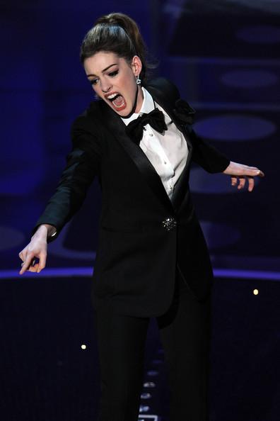 Anne+Hathaway+83rd+Annual+Academy+Awards+Show+QmLJ4-ajDdml.jpg