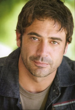 Jeffrey-Dean-Morgan-718698.jpg