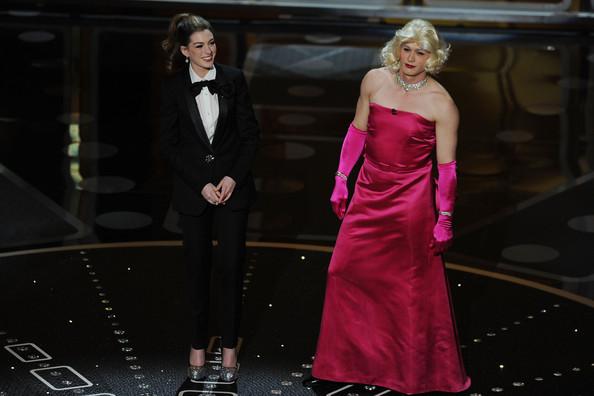 Anne+Hathaway+83rd+Annual+Academy+Awards+Show+CXWogNEDDQ8l.jpg