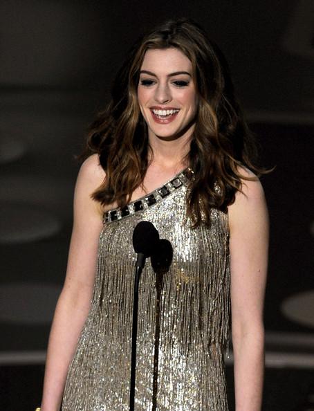 Anne+Hathaway+83rd+Annual+Academy+Awards+Show+WGF78K9V6pel.jpg