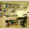 和室長書桌 (眼睛請自動省略桌下的雜物XD)