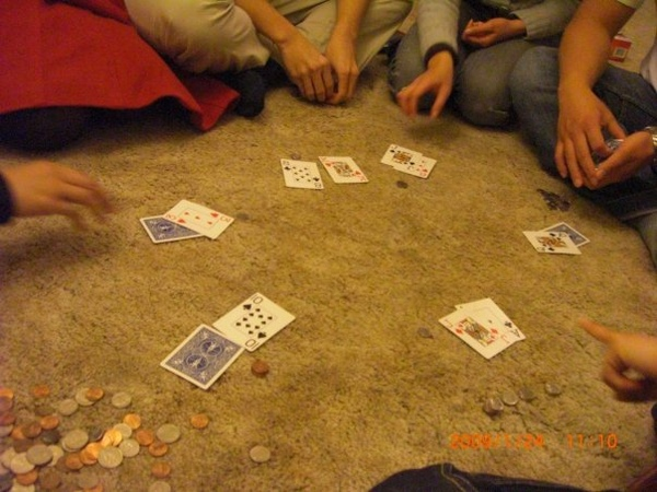 play blackjack.jpg