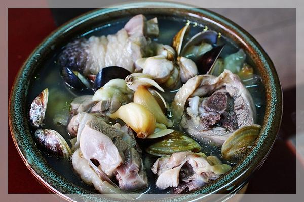 蒜頭雞湯2