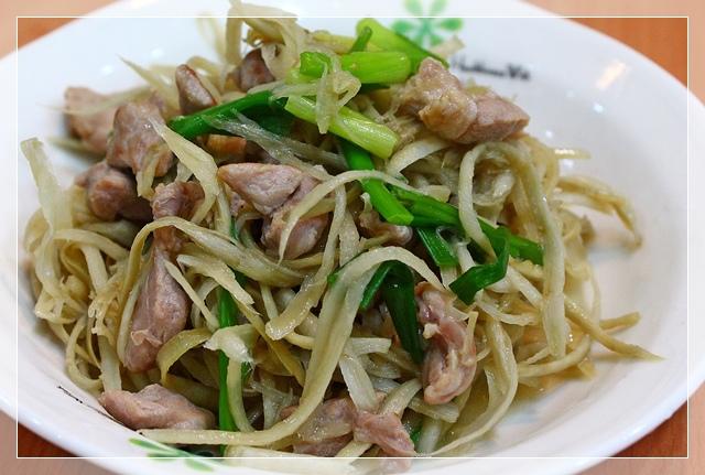 牛蒡炒肉絲1