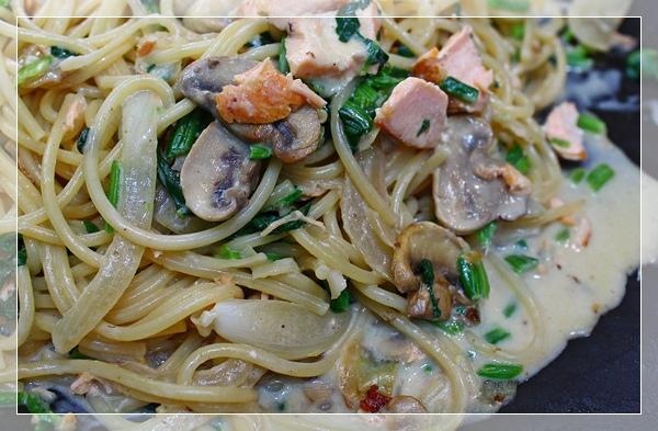 奶油鮭魚義大利麵1