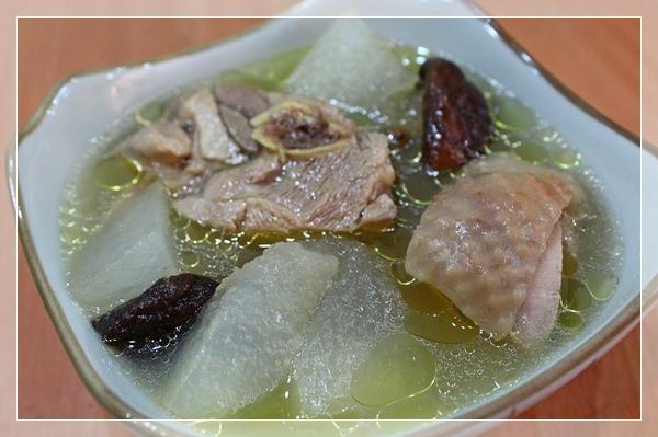 冬瓜雞腿湯1