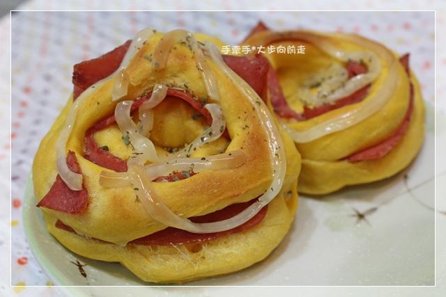 紅蘿蔔地瓜火腿麵包12