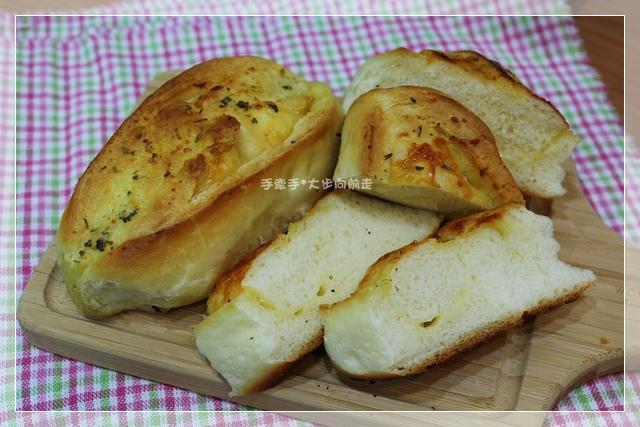 蒜香起司麵包10