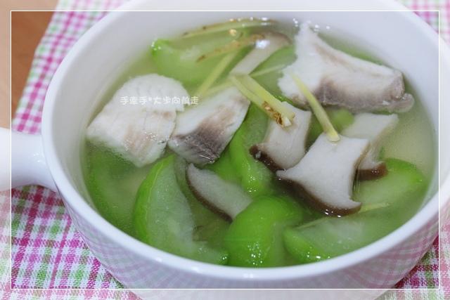 絲瓜鮮菇魚片湯1