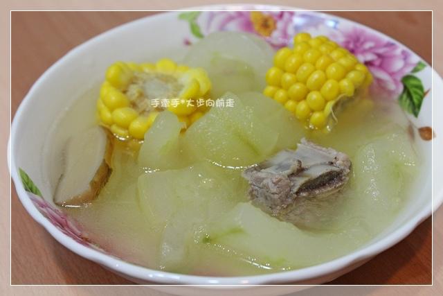 大黃瓜玉米湯1