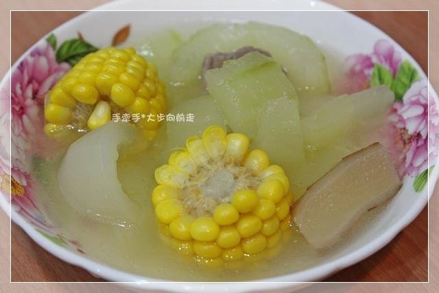 大黃瓜玉米湯2