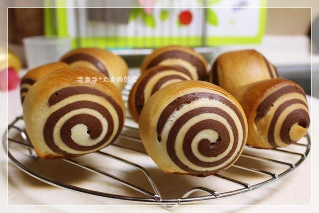 雙色巧克力小麵包7