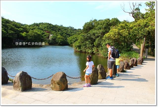 情人湖4.JPG