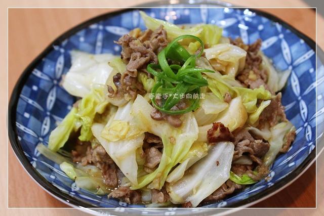 高麗菜拌牛肉片2