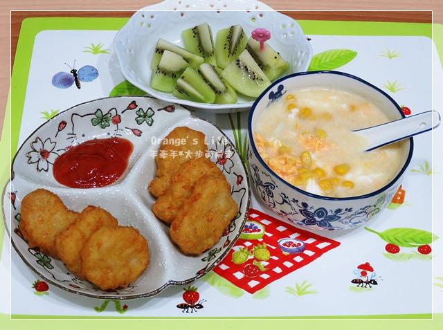 DAY26-雞塊+玉米濃湯+奇異果.JPG