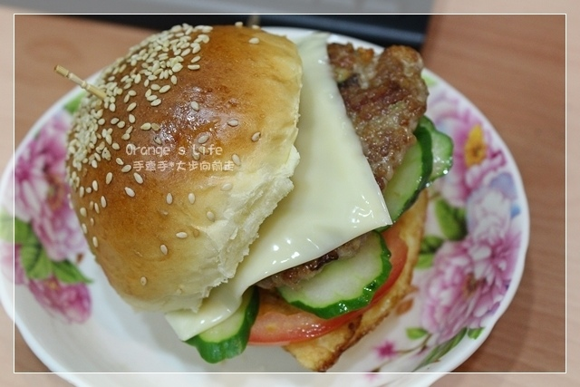 DAY01-美味漢堡.JPG