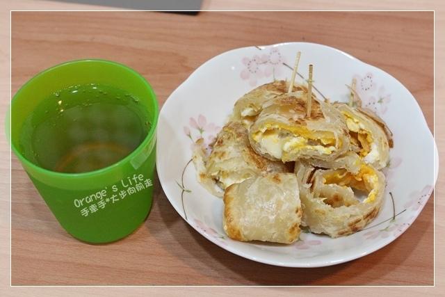 DAY02-起司蛋抓餅+蘋果汁.JPG
