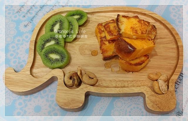 DAY04-蜂蜜法式麵包吐司磚+奇異果.JPG