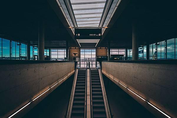 terminal-1210006_960_720.jpg
