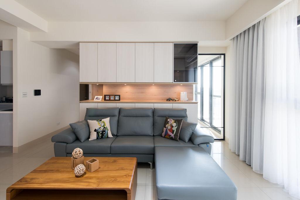 北歐風格客廳設計柚木實木茶几沙發背牆設計
