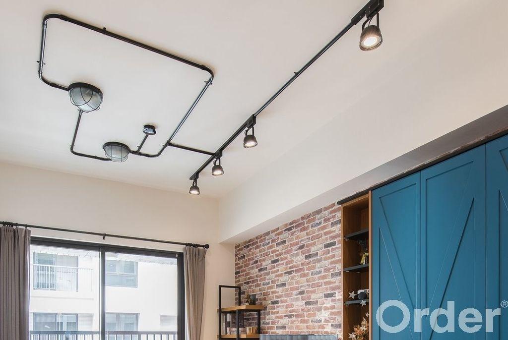 工業風天花板安裝個性軌道燈