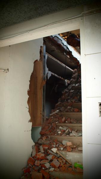 樓梯被拆掉啦