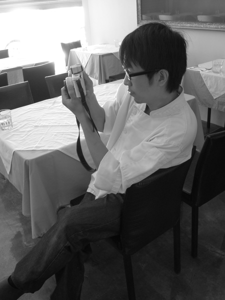 攝影男孩。