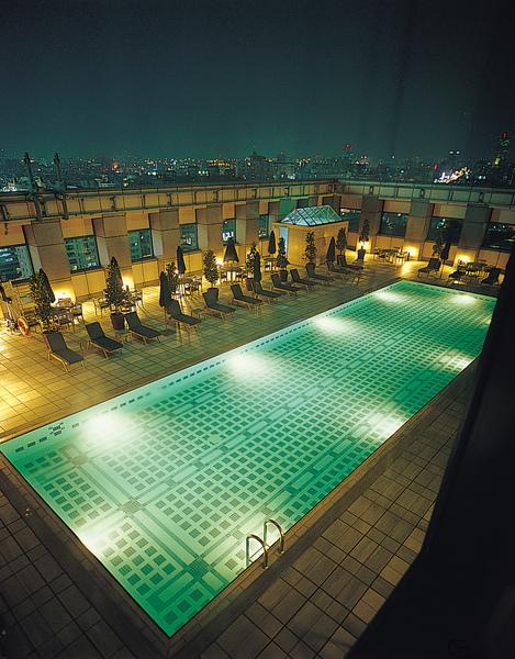 俱樂部游泳池.jpg