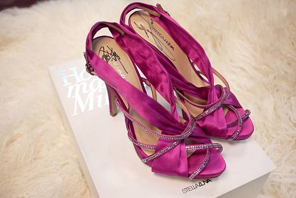 鞋款照片.JPG