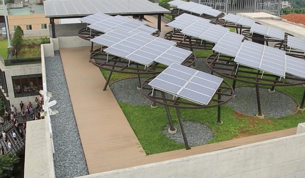 Oright歐萊德綠建築化妝品GMP廠-太陽能板