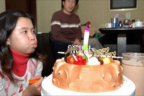 20051215_ 小莊生日歡唱/BirthdayParty0007