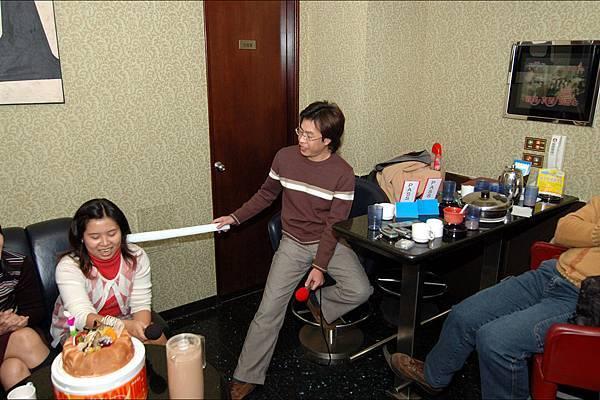 20051215_ 小莊生日歡唱/BirthdayParty0020