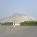 如富士山壯麗的鹽山(導遊說的)