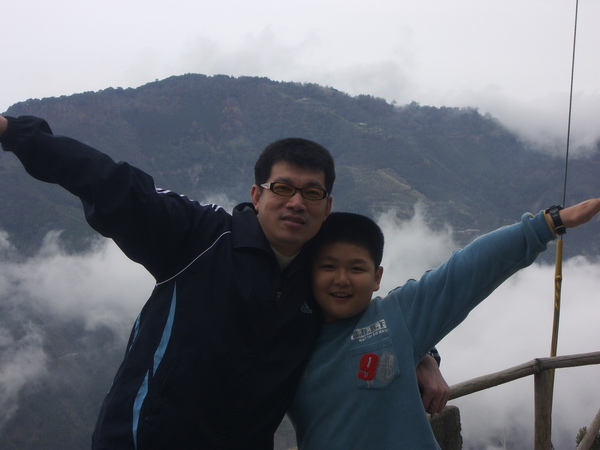 我和爸爸在雲上面