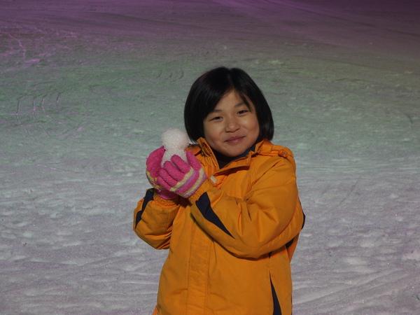 我妹在堆雪人