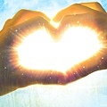 high_quality_free_wallpaper_of_a_heart_shape_created_by_hands