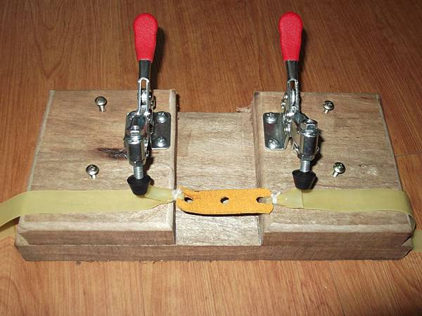 toggle clamp 001