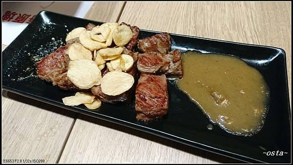 17DSC_1163-(主食)香蒜炙燒牛排.JPG