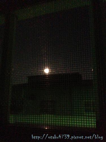 窗外的月光.png