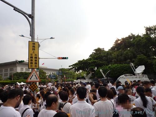 現場人潮2.JPG