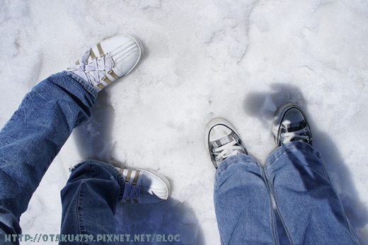 室堂站-第一次踩到雪