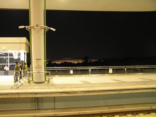 高捷世運站.JPG